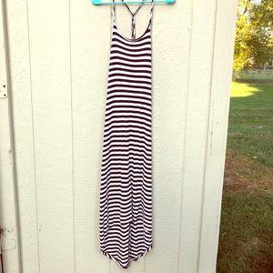 Jessica Simpson b&w striped maxi dress size M